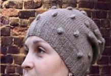 шапка с шишечками спицами