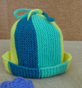 детская шапка спицами фото