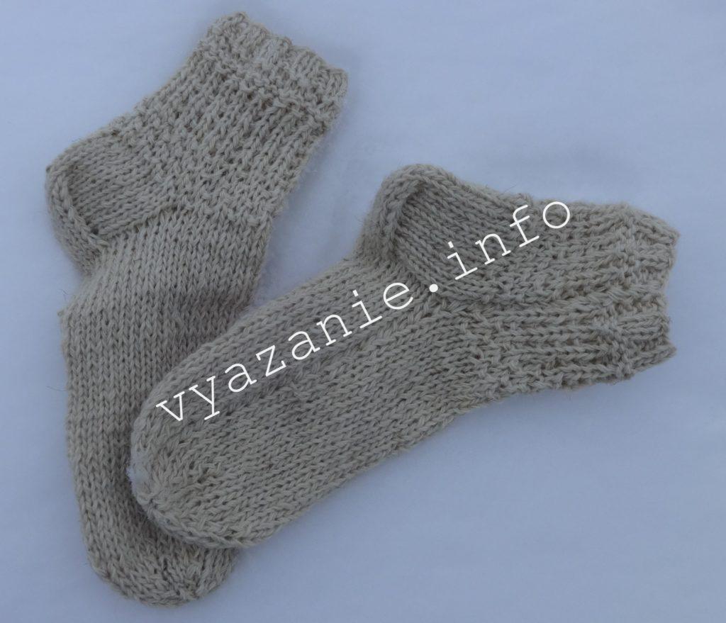простые носки на 2 спицах