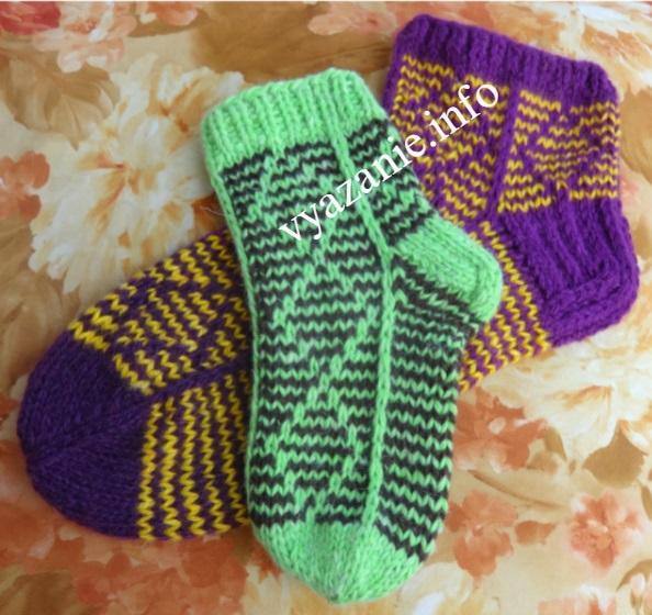 простые красивые носки спицами