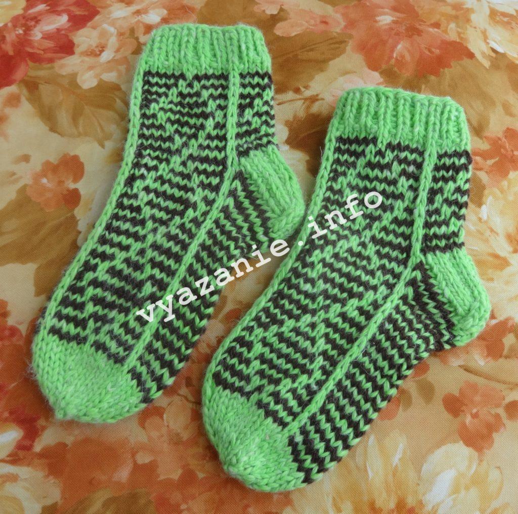 детские вязаные носки спицами